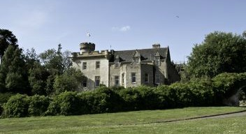 Tulloch Castle (geograph 3548404)
