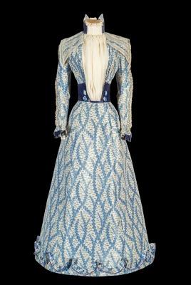 Sisi's blue Corfu dress