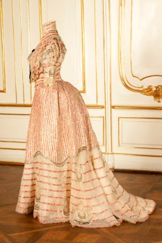 Sisi's pink Corfu dress